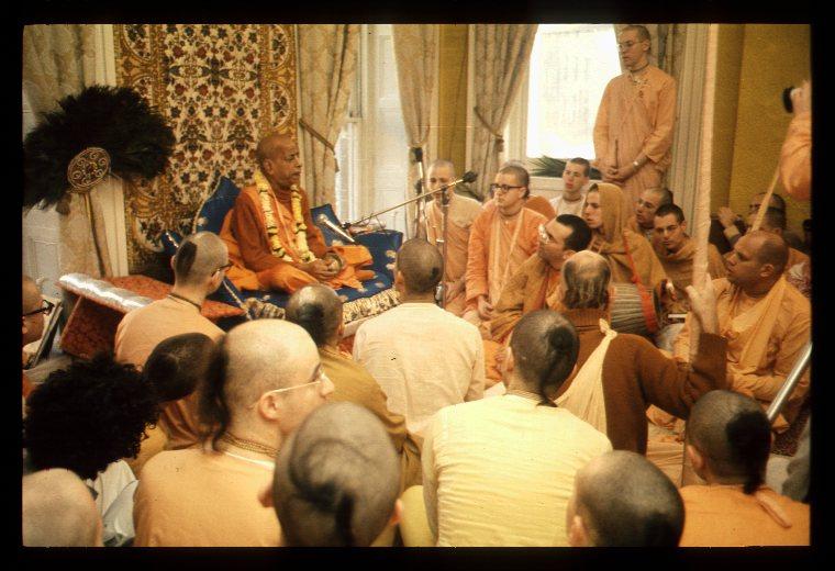 3 Goswami Maharaj